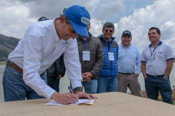 Cusco: líderes de empresas de saneamiento del país firmaron Declaración de Piuray